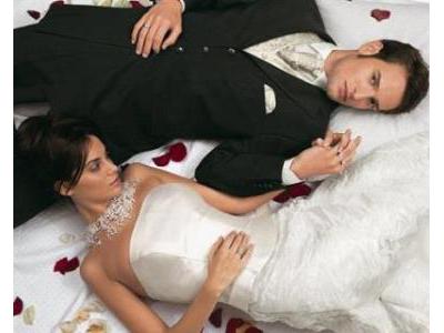 -24h chuyên dịch vụ cưới hỏi: trang trí nhà đám cưới hỏi, nhà hàng tiệc cưới, nhân sự bưng mâm quả, cổng hoa, xe hoa, cắt dán chữ và tin tức cưới hỏi: đám cưới sao, lập kế hoạch cưới, làm đẹp ngày cưới- Kiểu hôn nhân dễ đổ vỡ
