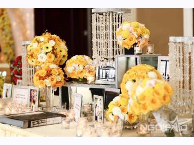 -24h chuyên dịch vụ cưới hỏi: trang trí nhà đám cưới hỏi, nhà hàng tiệc cưới, nhân sự bưng mâm quả, cổng hoa, xe hoa, cắt dán chữ và tin tức cưới hỏi: đám cưới sao, lập kế hoạch cưới, làm đẹp ngày cưới- Mang màu nắng vào đám cưới Sài Gòn
