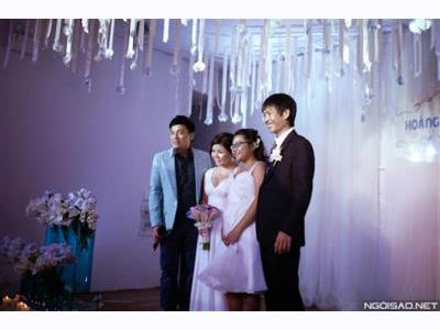 -24h chuyên dịch vụ cưới hỏi: trang trí nhà đám cưới hỏi, nhà hàng tiệc cưới, nhân sự bưng mâm quả, cổng hoa, xe hoa, cắt dán chữ và tin tức cưới hỏi: đám cưới sao, lập kế hoạch cưới, làm đẹp ngày cưới- Đám cưới Sài Gòn lung linh với sắc xanh trong vắt