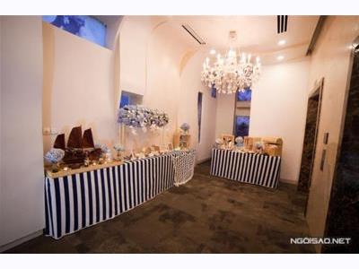 -24h chuyên dịch vụ cưới hỏi: trang trí nhà đám cưới hỏi, nhà hàng tiệc cưới, nhân sự bưng mâm quả, cổng hoa, xe hoa, cắt dán chữ và tin tức cưới hỏi: đám cưới sao, lập kế hoạch cưới, làm đẹp ngày cưới- Trang trí tiệc cưới đại dương xanh mướt chỉ với 20 triệu đồng