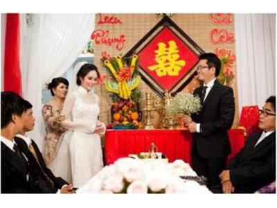 -24h chuyên dịch vụ cưới hỏi: trang trí nhà đám cưới hỏi, nhà hàng tiệc cưới, nhân sự bưng mâm quả, cổng hoa, xe hoa, cắt dán chữ và tin tức cưới hỏi: đám cưới sao, lập kế hoạch cưới, làm đẹp ngày cưới- Đám hỏi đám cưới chung hay riêng?