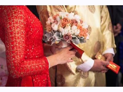 -24h chuyên dịch vụ cưới hỏi: trang trí nhà đám cưới hỏi, nhà hàng tiệc cưới, nhân sự bưng mâm quả, cổng hoa, xe hoa, cắt dán chữ và tin tức cưới hỏi: đám cưới sao, lập kế hoạch cưới, làm đẹp ngày cưới- Băn khoăn xem ngày cưới của nữ tuổi 1991