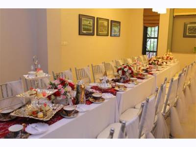 -24h chuyên dịch vụ cưới hỏi: trang trí nhà đám cưới hỏi, nhà hàng tiệc cưới, nhân sự bưng mâm quả, cổng hoa, xe hoa, cắt dán chữ và tin tức cưới hỏi: đám cưới sao, lập kế hoạch cưới, làm đẹp ngày cưới- Đãi khách quý trong lễ ăn hỏi với tiệc trà chiều kiểu Anh