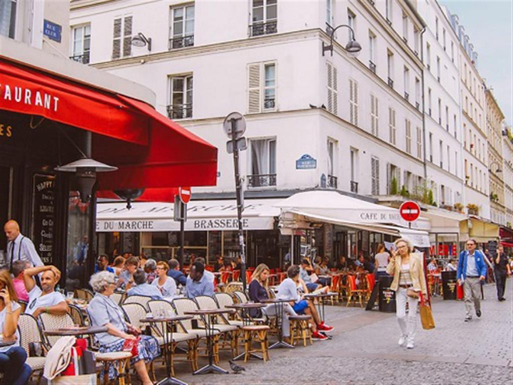 -24h chuyên dịch vụ cưới hỏi: trang trí nhà đám cưới hỏi, nhà hàng tiệc cưới, nhân sự bưng mâm quả, cổng hoa, xe hoa, cắt dán chữ và tin tức cưới hỏi: đám cưới sao, lập kế hoạch cưới, làm đẹp ngày cưới- 6 con phố thơ mộng nhất Paris dành cho những con tim lãng mạn