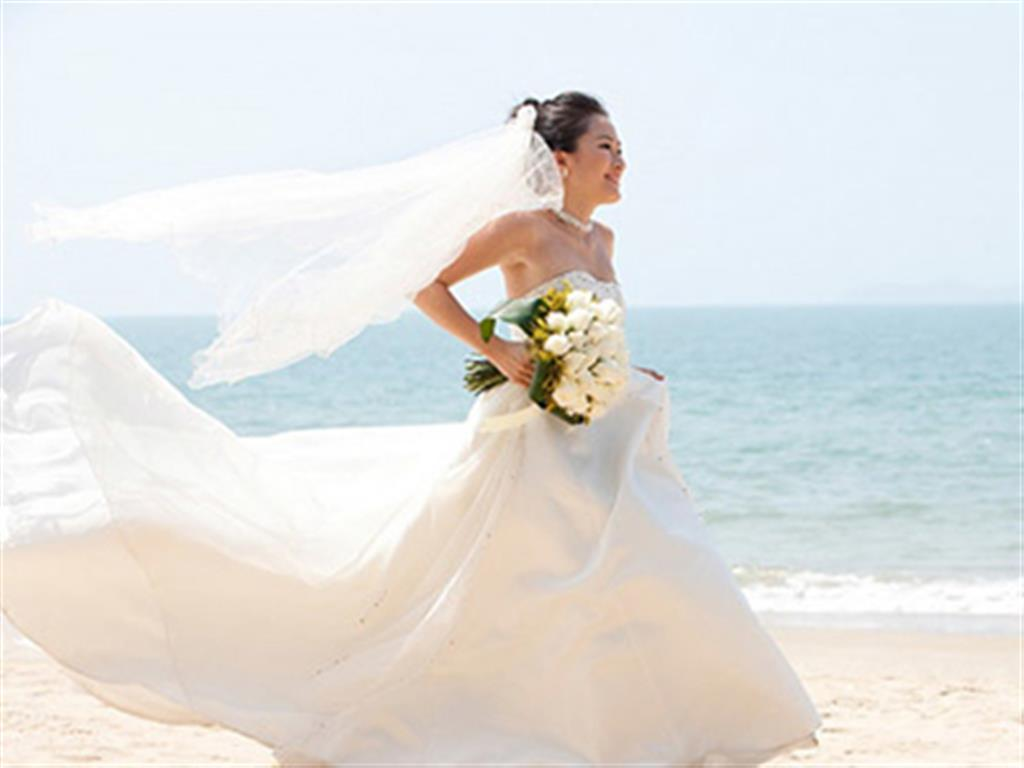 -24h chuyên dịch vụ cưới hỏi: trang trí nhà đám cưới hỏi, nhà hàng tiệc cưới, nhân sự bưng mâm quả, cổng hoa, xe hoa, cắt dán chữ và tin tức cưới hỏi: đám cưới sao, lập kế hoạch cưới, làm đẹp ngày cưới- Bí quyết chọn váy cưới phù hợp