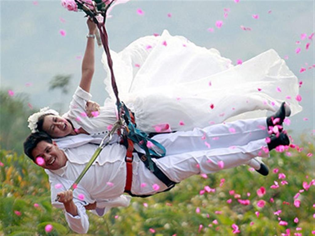-24h chuyên dịch vụ cưới hỏi: trang trí nhà đám cưới hỏi, nhà hàng tiệc cưới, nhân sự bưng mâm quả, cổng hoa, xe hoa, cắt dán chữ và tin tức cưới hỏi: đám cưới sao, lập kế hoạch cưới, làm đẹp ngày cưới- Tổ chức đám cưới lơ lửng trên không
