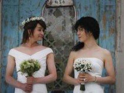 -24h chuyên dịch vụ cưới hỏi: trang trí nhà đám cưới hỏi, nhà hàng tiệc cưới, nhân sự bưng mâm quả, cổng hoa, xe hoa, cắt dán chữ và tin tức cưới hỏi: đám cưới sao, lập kế hoạch cưới, làm đẹp ngày cưới- Ảnh cưới của đạo diễn đồng tínhKim Jo Gwang Su