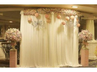 -24h chuyên dịch vụ cưới hỏi: trang trí nhà đám cưới hỏi, nhà hàng tiệc cưới, nhân sự bưng mâm quả, cổng hoa, xe hoa, cắt dán chữ và tin tức cưới hỏi: đám cưới sao, lập kế hoạch cưới, làm đẹp ngày cưới- Bữa tiệc phong cách hoàng gia sang trọng