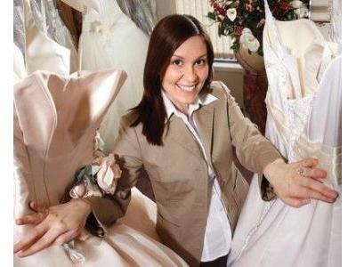 -24h chuyên dịch vụ cưới hỏi: trang trí nhà đám cưới hỏi, nhà hàng tiệc cưới, nhân sự bưng mâm quả, cổng hoa, xe hoa, cắt dán chữ và tin tức cưới hỏi: đám cưới sao, lập kế hoạch cưới, làm đẹp ngày cưới- 6 câu hỏi khi gặp wedding planner