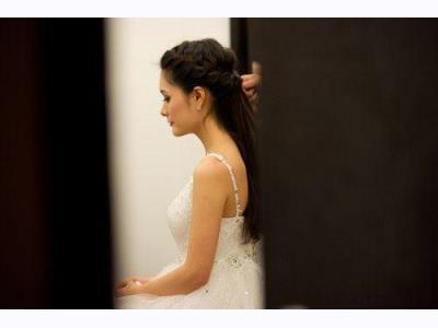 -24h chuyên dịch vụ cưới hỏi: trang trí nhà đám cưới hỏi, nhà hàng tiệc cưới, nhân sự bưng mâm quả, cổng hoa, xe hoa, cắt dán chữ và tin tức cưới hỏi: đám cưới sao, lập kế hoạch cưới, làm đẹp ngày cưới- Chi tiết đám cưới 3 tỷ đồng của Di Băng