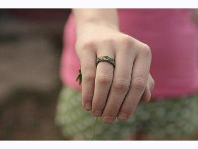 -24h chuyên dịch vụ cưới hỏi: trang trí nhà đám cưới hỏi, nhà hàng tiệc cưới, nhân sự bưng mâm quả, cổng hoa, xe hoa, cắt dán chữ và tin tức cưới hỏi: đám cưới sao, lập kế hoạch cưới, làm đẹp ngày cưới- Em cầu hôn anh bằng chiếc nhẫn cỏ