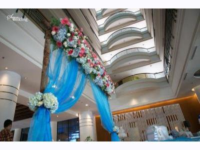 -24h chuyên dịch vụ cưới hỏi: trang trí nhà đám cưới hỏi, nhà hàng tiệc cưới, nhân sự bưng mâm quả, cổng hoa, xe hoa, cắt dán chữ và tin tức cưới hỏi: đám cưới sao, lập kế hoạch cưới, làm đẹp ngày cưới- Đám cưới mùa hè mang phong cách biển