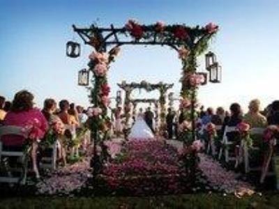 -24h chuyên dịch vụ cưới hỏi: trang trí nhà đám cưới hỏi, nhà hàng tiệc cưới, nhân sự bưng mâm quả, cổng hoa, xe hoa, cắt dán chữ và tin tức cưới hỏi: đám cưới sao, lập kế hoạch cưới, làm đẹp ngày cưới- Khung cảnh tuyệt đẹp cho đám cưới bãi biển