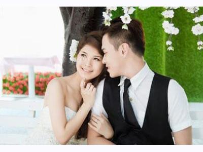 -24h chuyên dịch vụ cưới hỏi: trang trí nhà đám cưới hỏi, nhà hàng tiệc cưới, nhân sự bưng mâm quả, cổng hoa, xe hoa, cắt dán chữ và tin tức cưới hỏi: đám cưới sao, lập kế hoạch cưới, làm đẹp ngày cưới- Tuổi Kỷ Tỵ kết hôn vào mùa thu