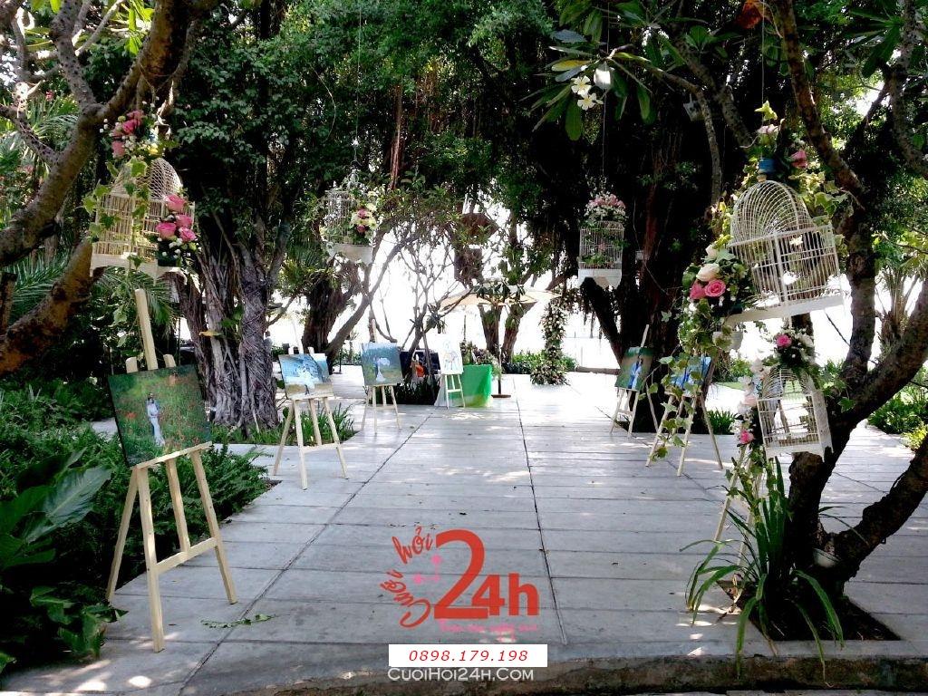 Dịch vụ cưới hỏi 24h trọn vẹn ngày vui chuyên trang trí nhà đám cưới hỏi và nhà hàng tiệc cưới | Trang trí tiệc cưới tại nhà tông xanh mướt