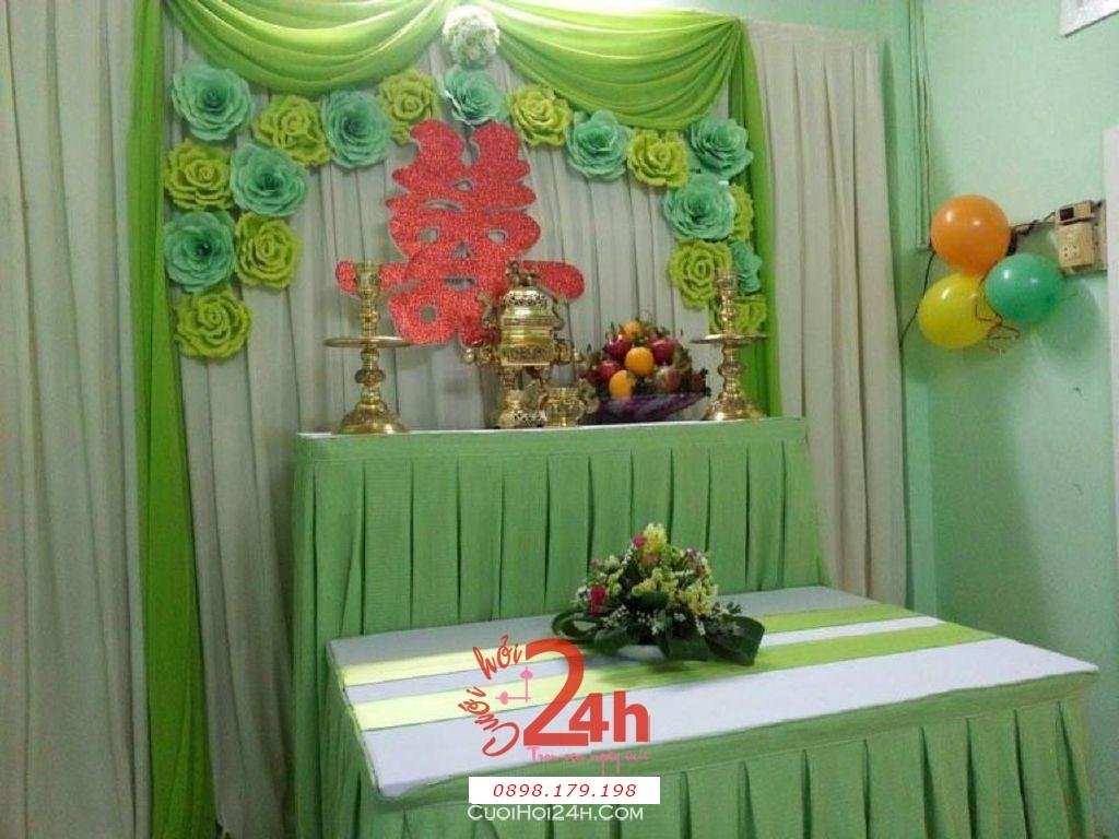 Dịch vụ cưới hỏi 24h trọn vẹn ngày vui chuyên trang trí nhà đám cưới hỏi và nhà hàng tiệc cưới | Bàn thờ gia tiên trang trí trong ngày cưới tông màu xanh lá