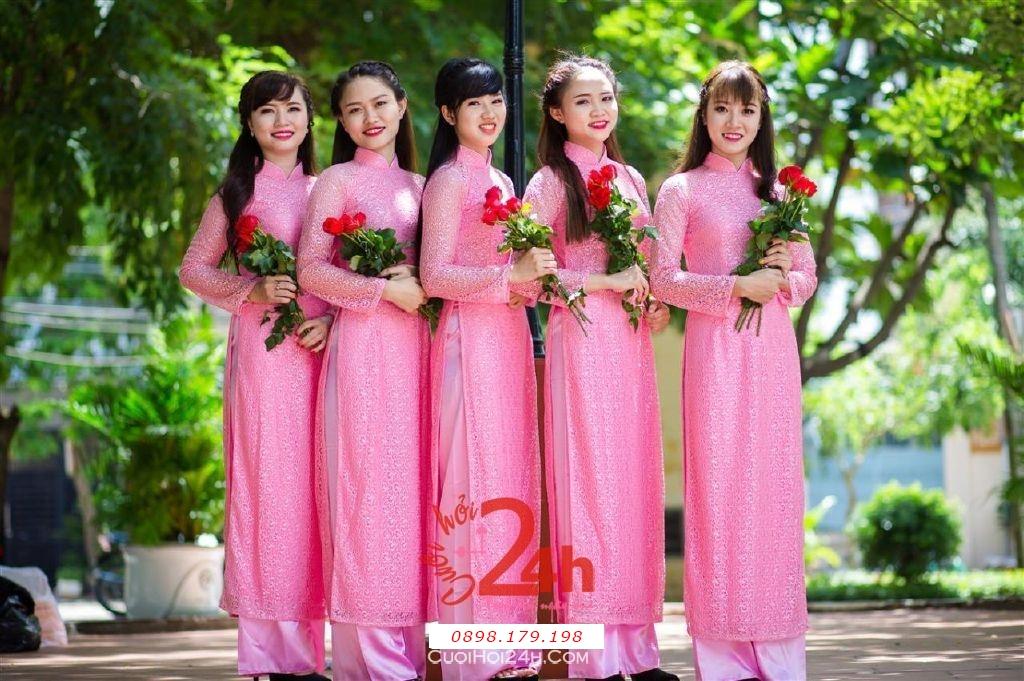 Dịch vụ cưới hỏi 24h trọn vẹn ngày vui chuyên trang trí nhà đám cưới hỏi và nhà hàng tiệc cưới | Cho thuê đội ngũ nhân sự bưng mâm quả nữ trong trang phục áo dài mới đẹp hiện đại (16)