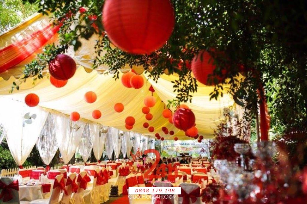Dịch vụ cưới hỏi 24h trọn vẹn ngày vui chuyên trang trí nhà đám cưới hỏi và nhà hàng tiệc cưới | Cho thuê nhà bạt đám cưới rộng rãi, thoáng mát tông đỏ (1)