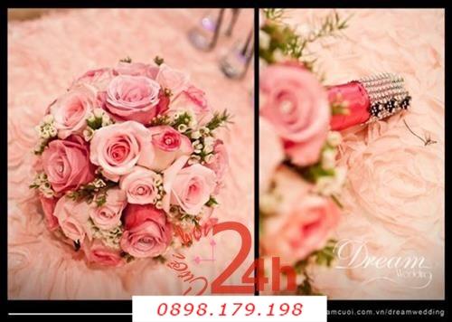 Dịch vụ cưới hỏi 24h trọn vẹn ngày vui chuyên trang trí nhà đám cưới hỏi và nhà hàng tiệc cưới | Hoa cầm tay cô dâu