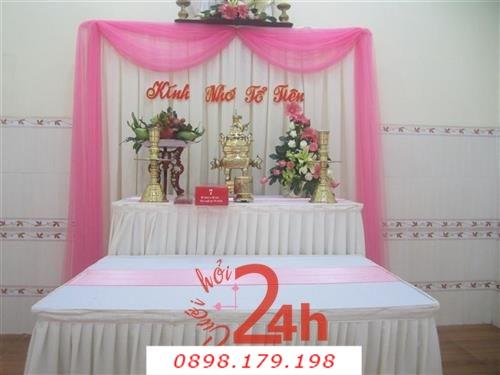 Dịch vụ cưới hỏi 24h trọn vẹn ngày vui chuyên trang trí nhà đám cưới hỏi và nhà hàng tiệc cưới | Trang trí bàn thờ gia tiên nền trắng với ren hồng