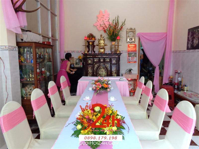 Dịch vụ cưới hỏi 24h trọn vẹn ngày vui chuyên trang trí nhà đám cưới hỏi và nhà hàng tiệc cưới | Trang trí nhà cưới hỏi tông màu trắng hồng