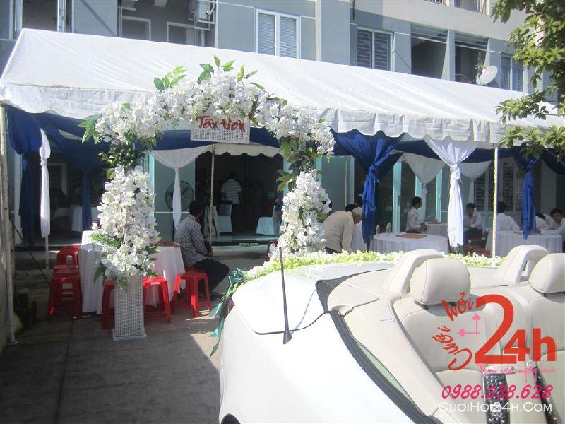 Dịch vụ cưới hỏi 24h trọn vẹn ngày vui chuyên trang trí nhà đám cưới hỏi và nhà hàng tiệc cưới | Khung rạp trang nhã trắng và xanh dương
