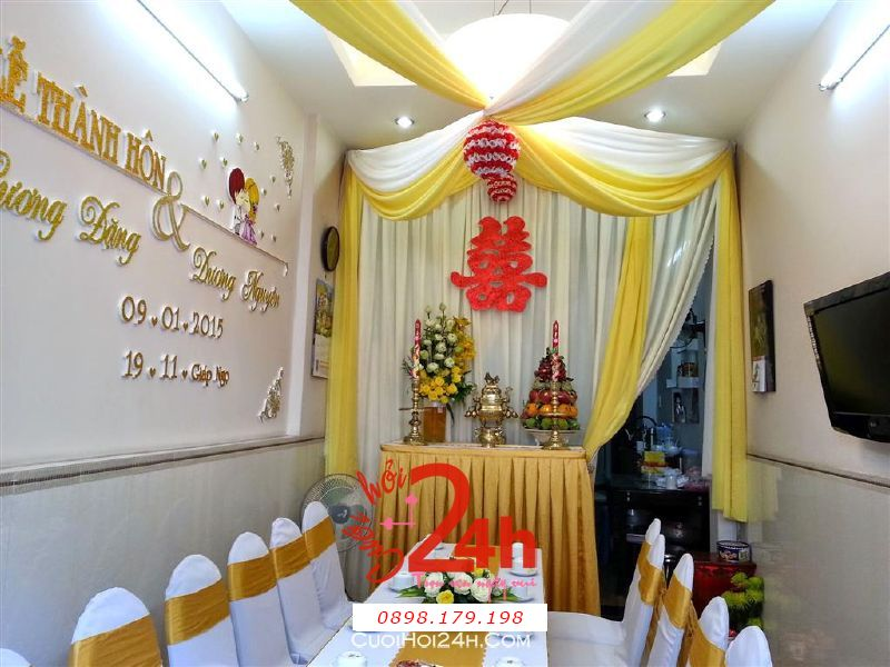 Dịch vụ cưới hỏi 24h trọn vẹn ngày vui chuyên trang trí nhà đám cưới hỏi và nhà hàng tiệc cưới | Trang trí nhà cưới tông vàng cho lễ thành hôn