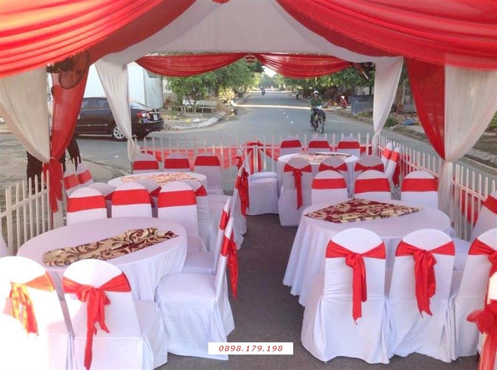 Dịch vụ cưới hỏi 24h trọn vẹn ngày vui chuyên trang trí nhà đám cưới hỏi và nhà hàng tiệc cưới | Cho thuê bàn ghế tông màu đỏ (1)