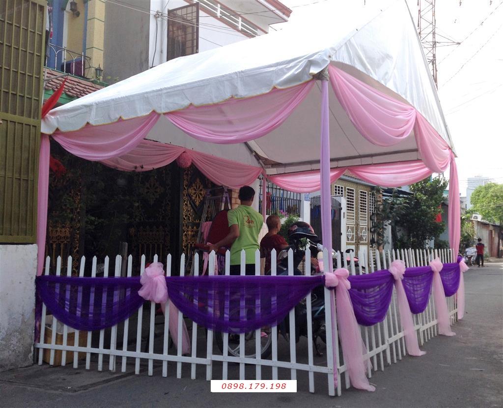 Dịch vụ cưới hỏi 24h trọn vẹn ngày vui chuyên trang trí nhà đám cưới hỏi và nhà hàng tiệc cưới | Cho thuê rạp cưới voan hàng rào tông tím hồng dễ thương (1)
