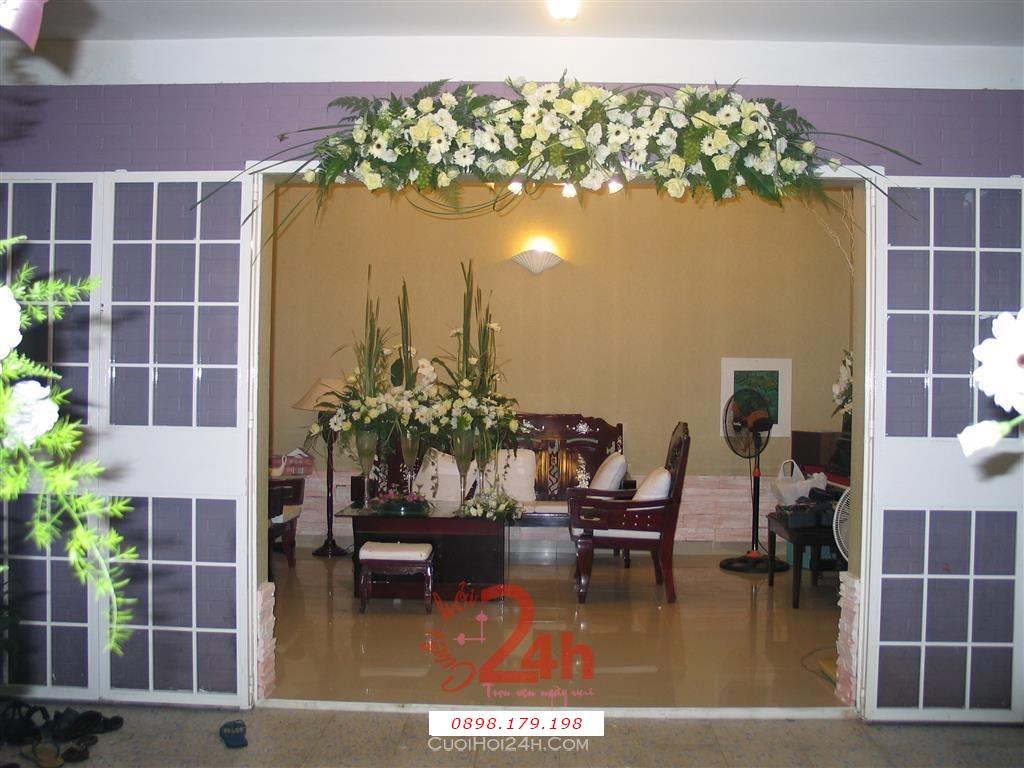 Dịch vụ cưới hỏi 24h trọn vẹn ngày vui chuyên trang trí nhà đám cưới hỏi và nhà hàng tiệc cưới | Cổng hoa tươi