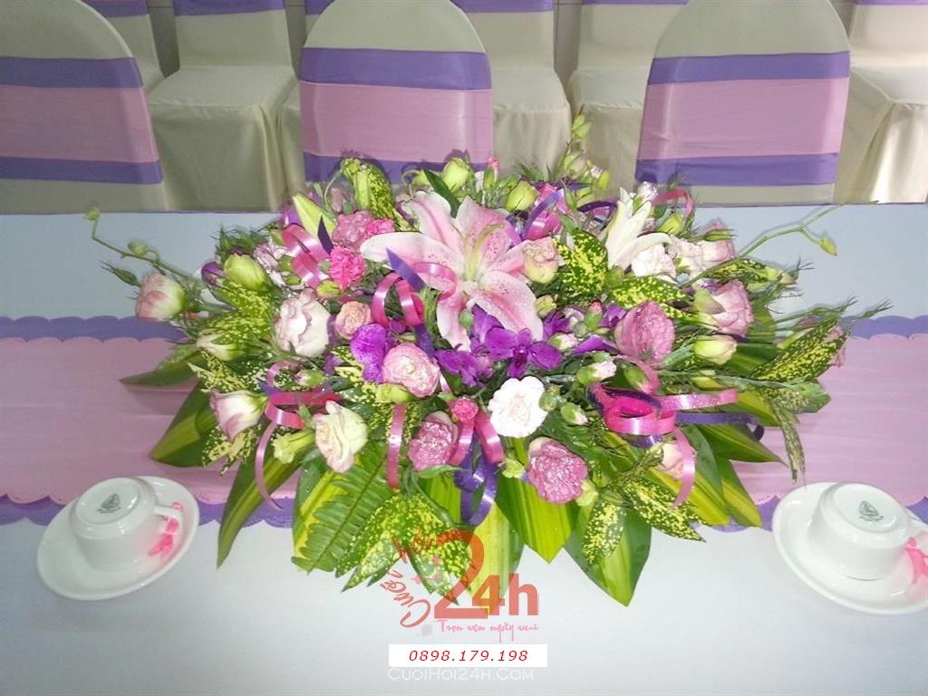 Dịch vụ cưới hỏi 24h trọn vẹn ngày vui chuyên trang trí nhà đám cưới hỏi và nhà hàng tiệc cưới | Hoa để bàn mẫu lớn