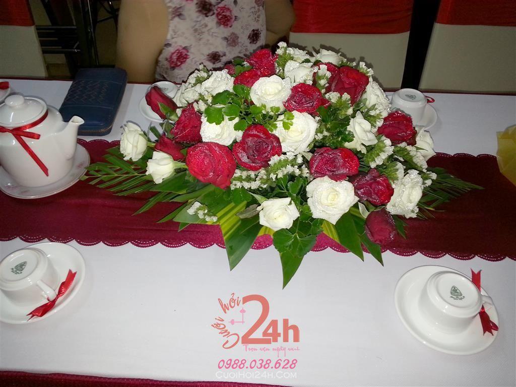 Dịch vụ cưới hỏi 24h trọn vẹn ngày vui chuyên trang trí nhà đám cưới hỏi và nhà hàng tiệc cưới | Hoa để bàn