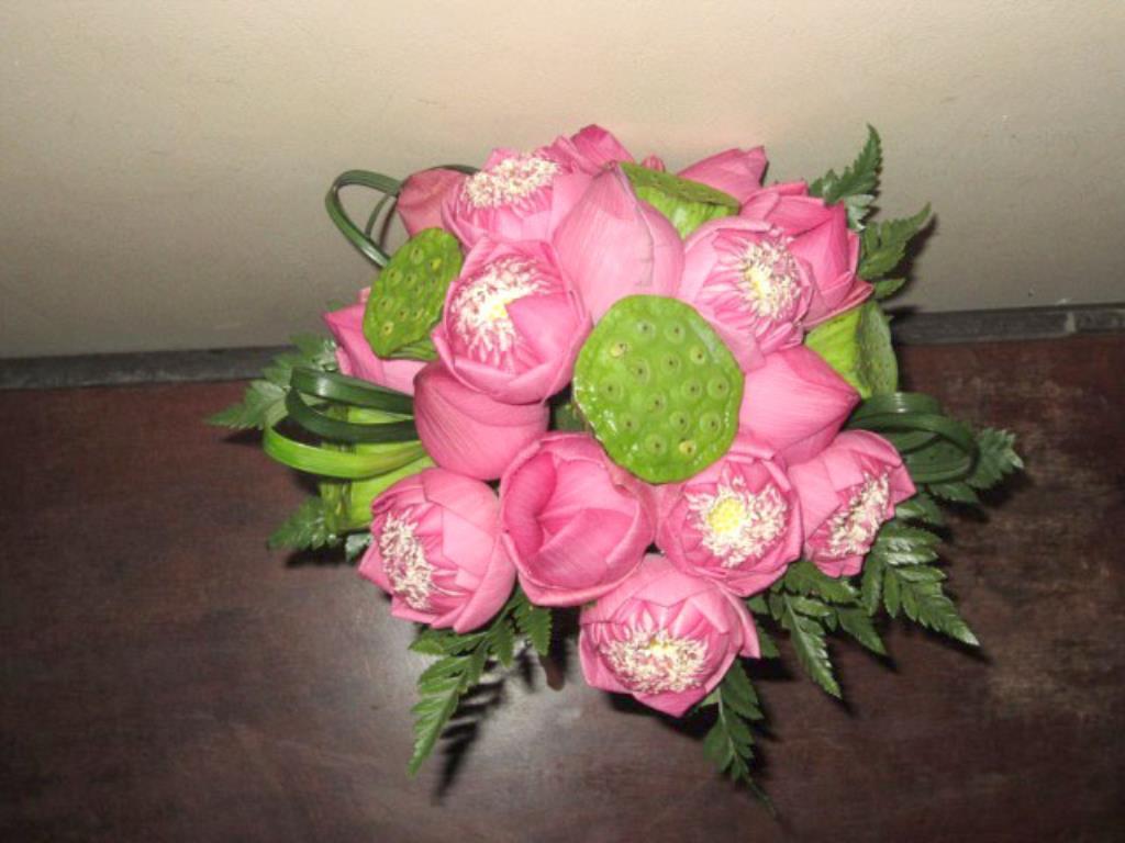 Dịch vụ cưới hỏi 24h trọn vẹn ngày vui chuyên trang trí nhà đám cưới hỏi và nhà hàng tiệc cưới | Hoa sen và gương sen 3