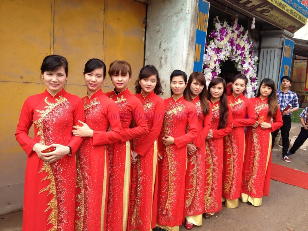 Dịch vụ cưới hỏi 24h trọn vẹn ngày vui chuyên trang trí nhà đám cưới hỏi và nhà hàng tiệc cưới | Lễ tân nữ 6