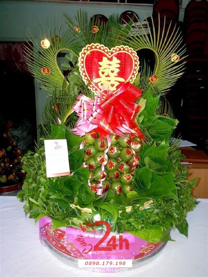 Dịch vụ cưới hỏi 24h trọn vẹn ngày vui chuyên trang trí nhà đám cưới hỏi và nhà hàng tiệc cưới | Mâm quả ngày cưới  - tháp trầu cau trái tim sang trọng