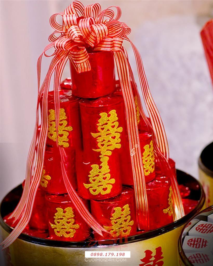 Dịch vụ cưới hỏi 24h trọn vẹn ngày vui chuyên trang trí nhà đám cưới hỏi và nhà hàng tiệc cưới | Mâm trà hình tháp sang trọng