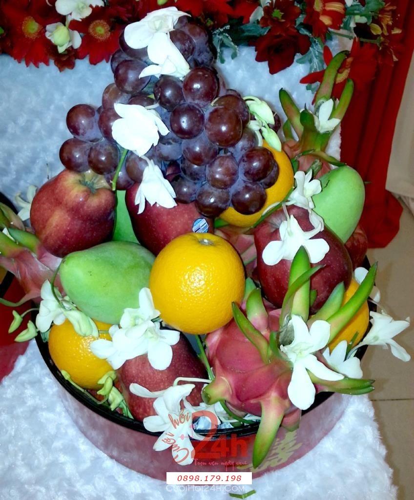 Dịch vụ cưới hỏi 24h trọn vẹn ngày vui chuyên trang trí nhà đám cưới hỏi và nhà hàng tiệc cưới | Mâm trái cây đẹp mắt