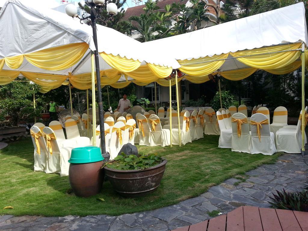 Dịch vụ cưới hỏi 24h trọn vẹn ngày vui chuyên trang trí nhà đám cưới hỏi và nhà hàng tiệc cưới | Nhà bạt, khung rạp màu trắng và vàng
