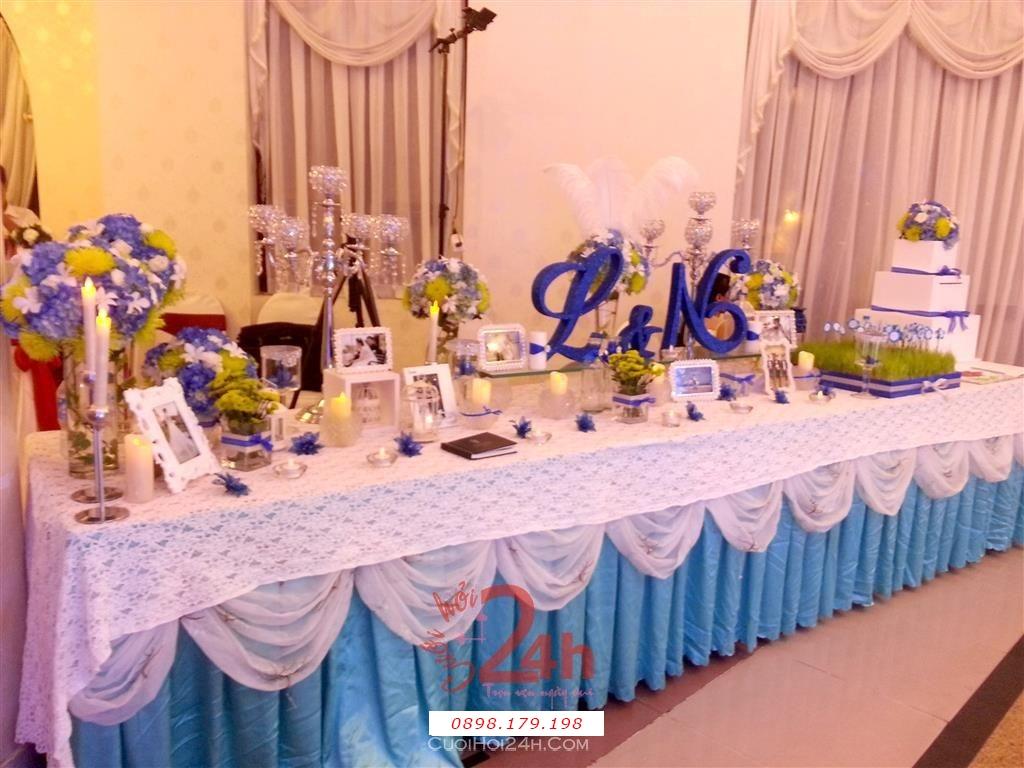 Dịch vụ cưới hỏi 24h trọn vẹn ngày vui chuyên trang trí nhà đám cưới hỏi và nhà hàng tiệc cưới | Trang trí bàn ký tên màu xanh biển cực dễ thương (1)