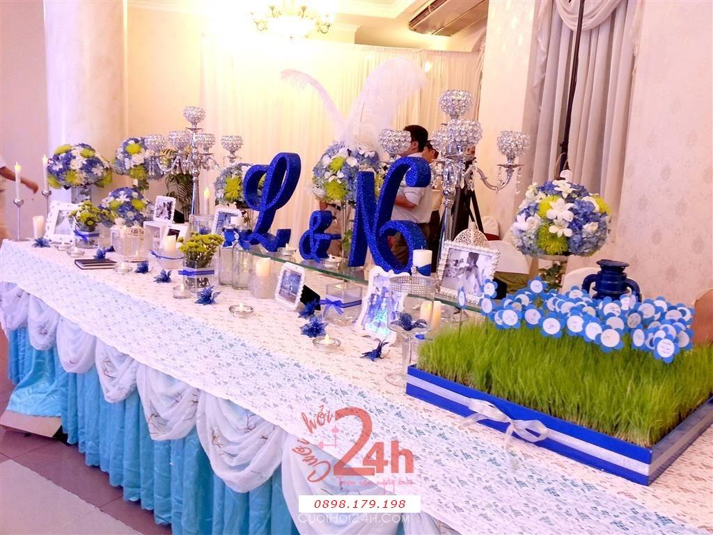 Dịch vụ cưới hỏi 24h trọn vẹn ngày vui chuyên trang trí nhà đám cưới hỏi và nhà hàng tiệc cưới | Trang trí bàn ký tên màu xanh biển cực dễ thương (2)