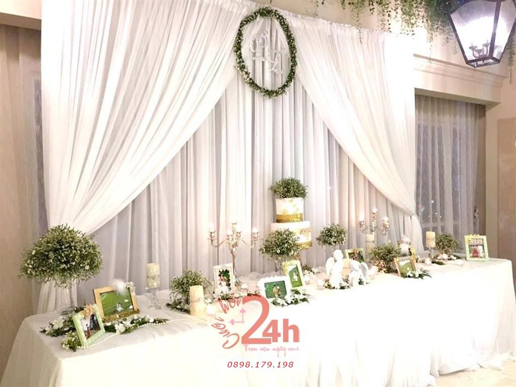 Dịch vụ cưới hỏi 24h trọn vẹn ngày vui chuyên trang trí nhà đám cưới hỏi và nhà hàng tiệc cưới | Trang trí bàn ký tên tong màu nhạt nhẹ nhàng sang trọng (4)