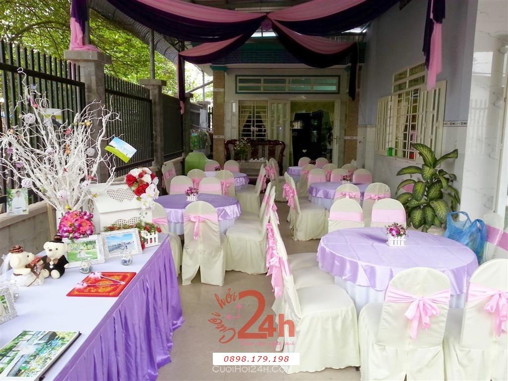 Dịch vụ cưới hỏi 24h trọn vẹn ngày vui chuyên trang trí nhà đám cưới hỏi và nhà hàng tiệc cưới | Trang trí bàn tiệc màu tím hồng cho đám cưới tại nhà