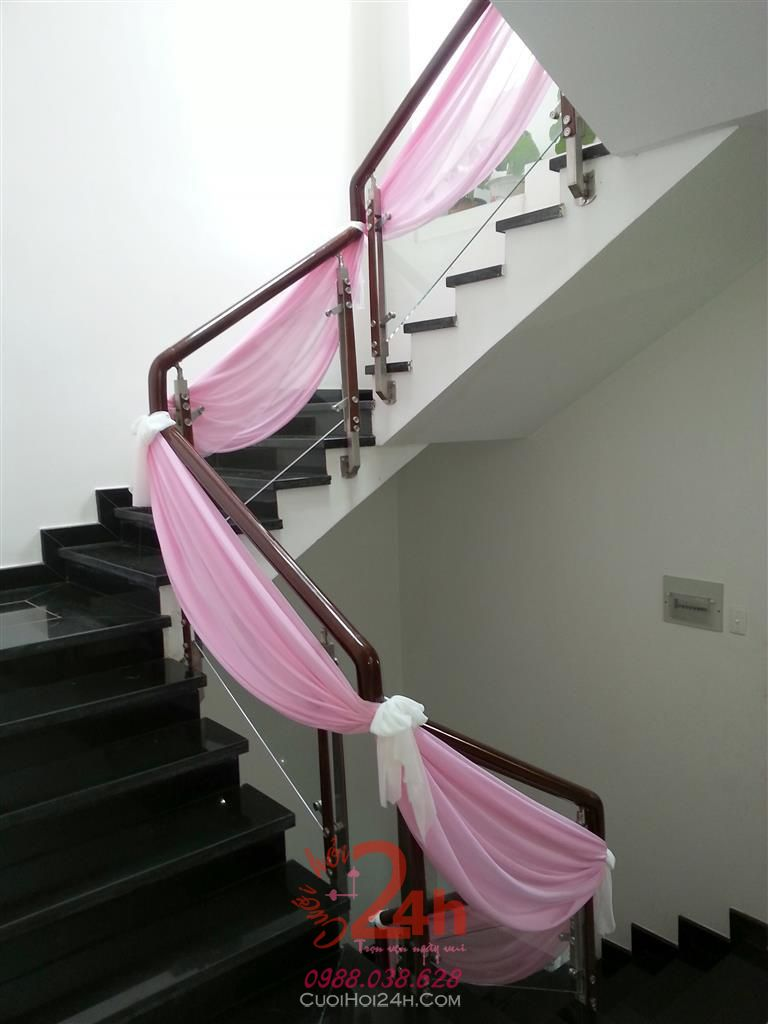 Dịch vụ cưới hỏi 24h trọn vẹn ngày vui chuyên trang trí nhà đám cưới hỏi và nhà hàng tiệc cưới | Trang trí cầu thang 02