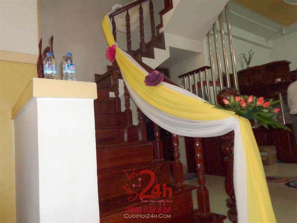 Dịch vụ cưới hỏi 24h trọn vẹn ngày vui chuyên trang trí nhà đám cưới hỏi và nhà hàng tiệc cưới | Trang trí cầu thang 05