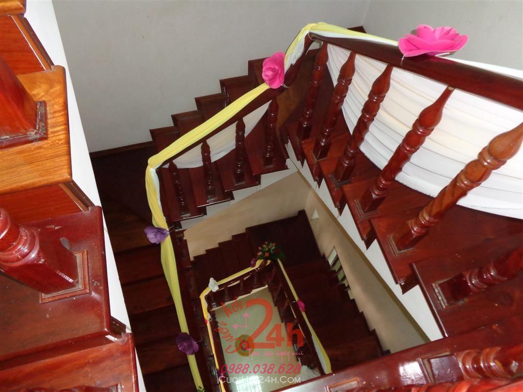 Dịch vụ cưới hỏi 24h trọn vẹn ngày vui chuyên trang trí nhà đám cưới hỏi và nhà hàng tiệc cưới | Trang trí cầu thang 06