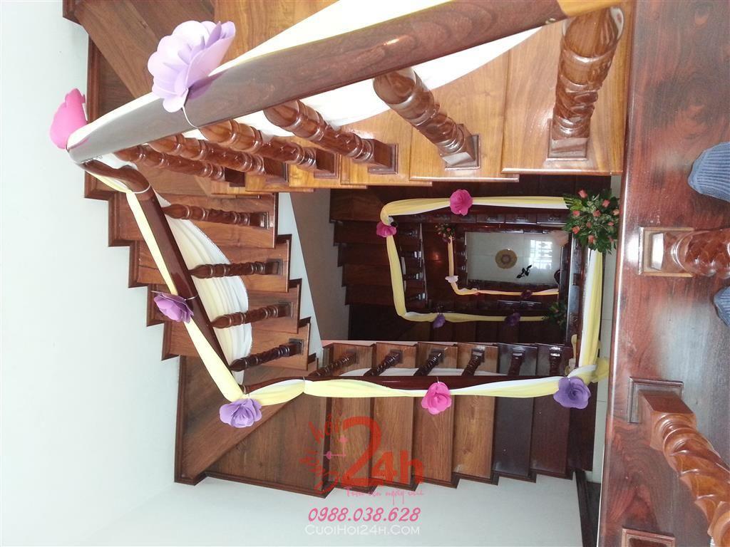 Dịch vụ cưới hỏi 24h trọn vẹn ngày vui chuyên trang trí nhà đám cưới hỏi và nhà hàng tiệc cưới | Trang trí cầu thang 08