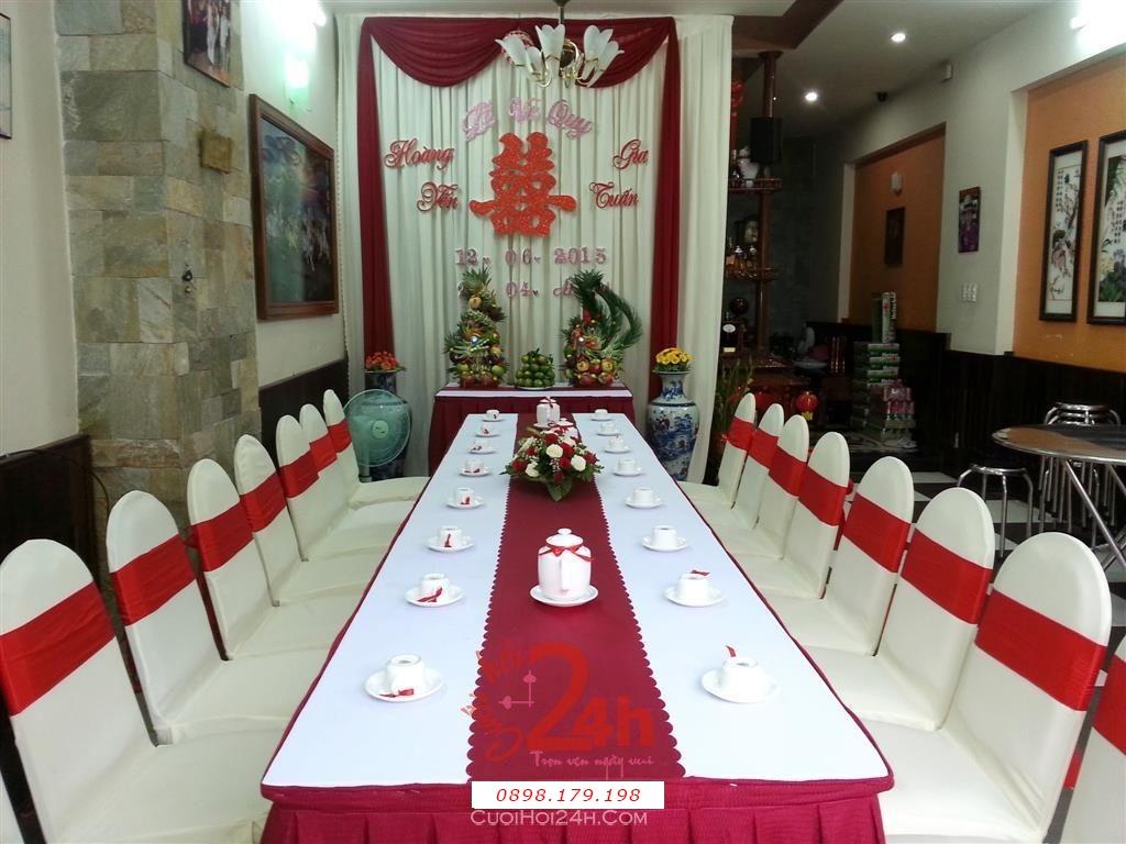 Dịch vụ cưới hỏi 24h trọn vẹn ngày vui chuyên trang trí nhà đám cưới hỏi và nhà hàng tiệc cưới | Trang trí nhà cưới hỏi tông trắng đỏ song hỷ (1)