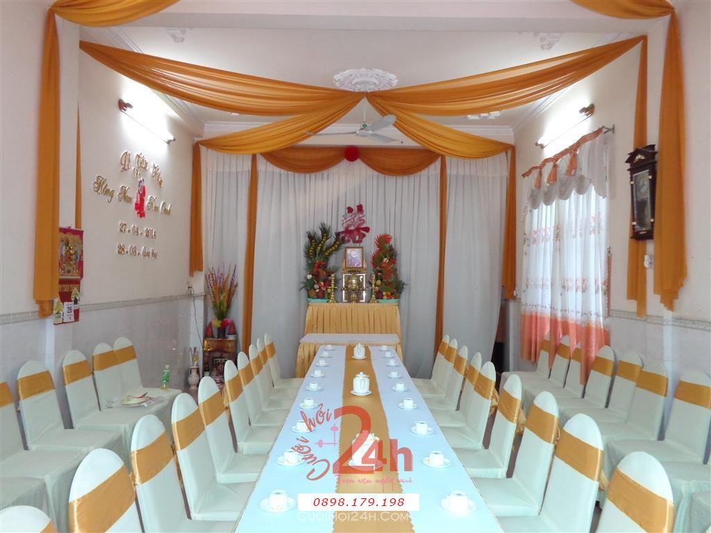 Dịch vụ cưới hỏi 24h trọn vẹn ngày vui chuyên trang trí nhà đám cưới hỏi và nhà hàng tiệc cưới | Trang trí nhà cưới hỏi tông vàng với cặp rồng phụng