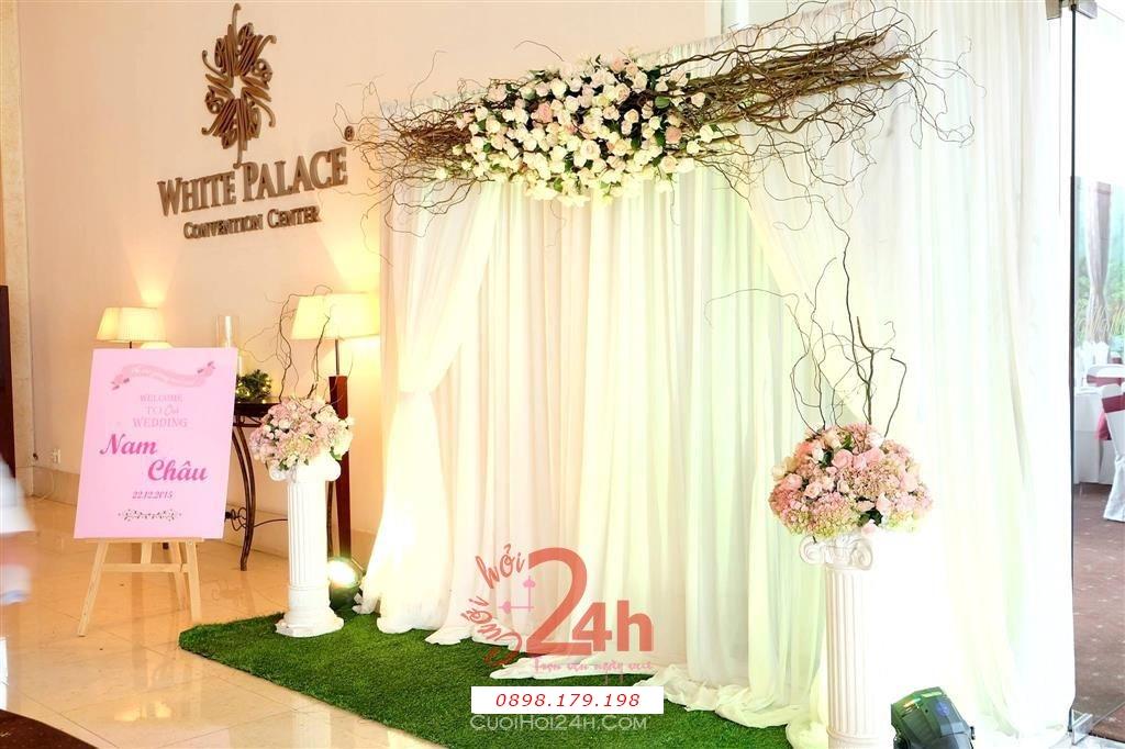 Dịch vụ cưới hỏi 24h trọn vẹn ngày vui chuyên trang trí nhà đám cưới hỏi và nhà hàng tiệc cưới | Trang trí sảnh đón khách trong tiệc cưới tông trắng hồng pastel