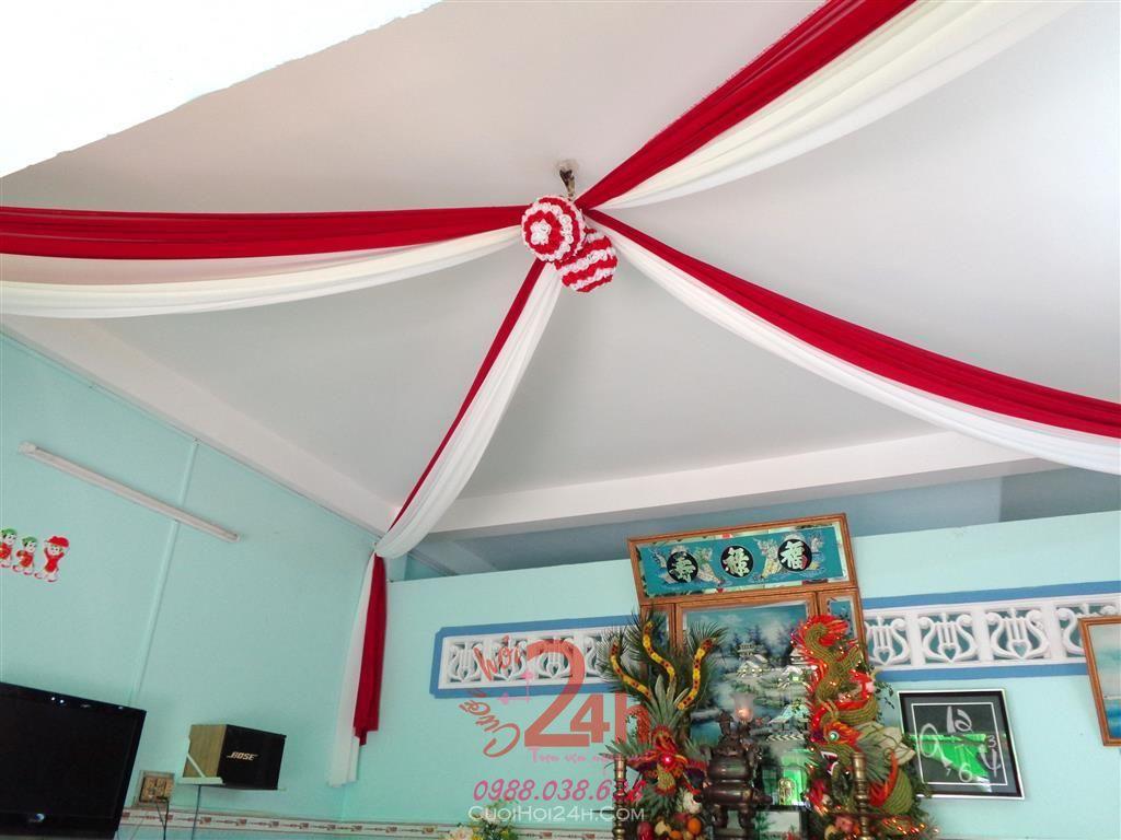 Dịch vụ cưới hỏi 24h trọn vẹn ngày vui chuyên trang trí nhà đám cưới hỏi và nhà hàng tiệc cưới | Trang trí trái châu tông đỏ đậm